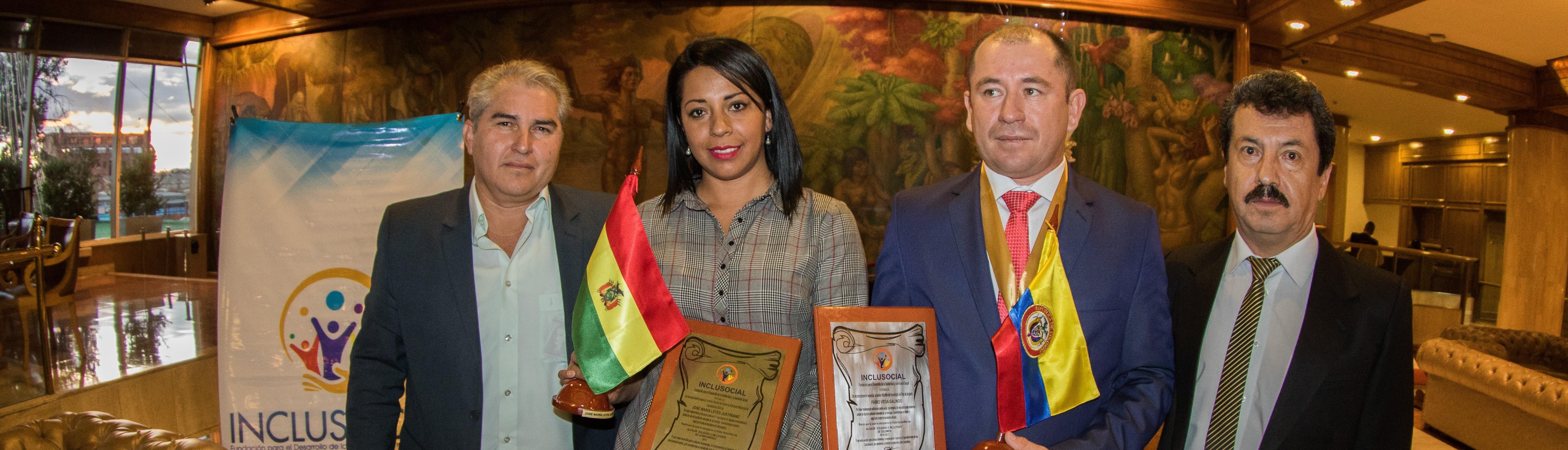 El. Dr. Fabio Vega Galindo recibió el premio «Alcalde Solidario e Incluyente de Colombia 2016 – 2017»