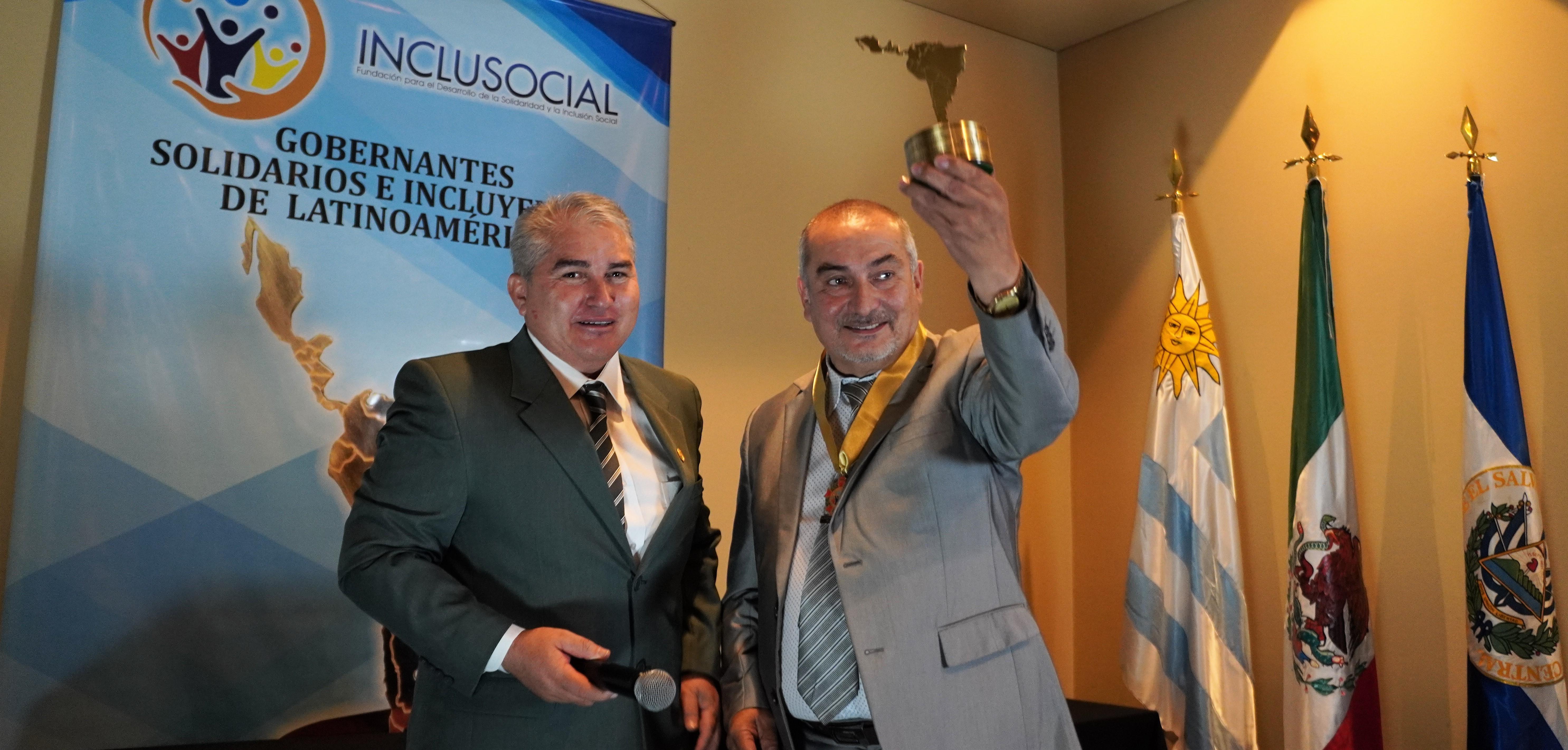 "Ruben Jorquera recibió el premio ""Alcalde Solidario e Incluyente de Latinoamérica 2019"""
