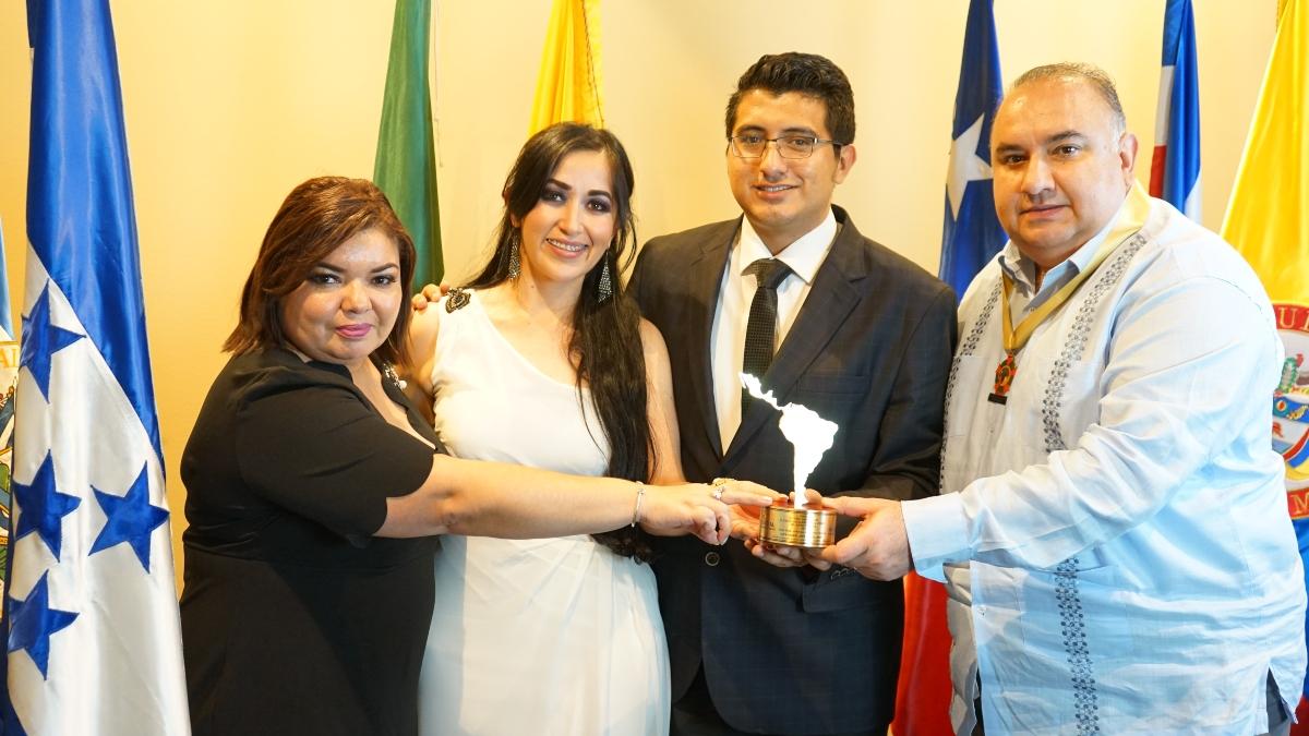 "Alexander López Orellana recibió el premio ""Alcalde Solidario e Incluyente de Latinoamérica 2019"""