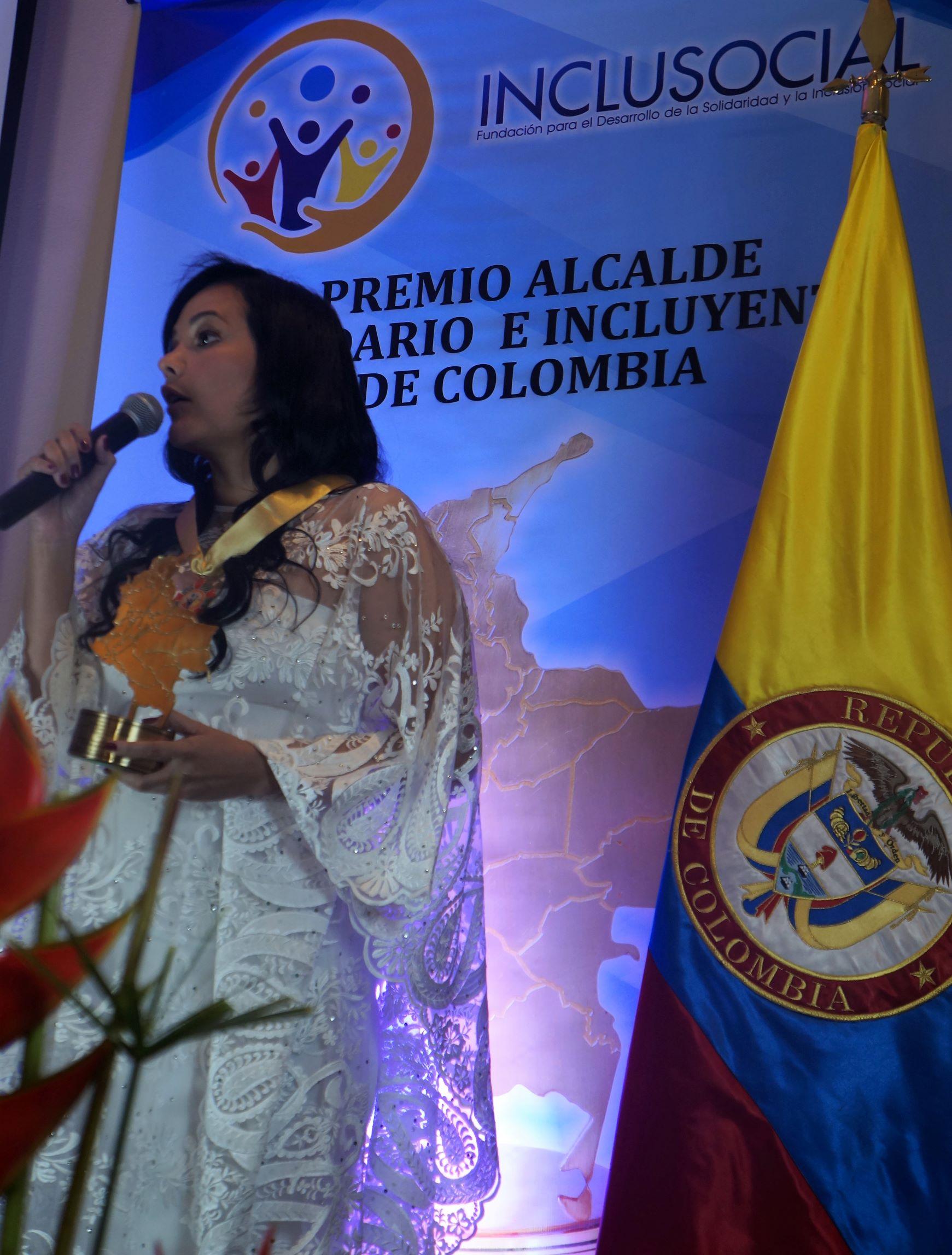 Aldemar Ibarra  Mejía recibió el premio «Alcalde Solidario e Incluyente de Colombia 2019»