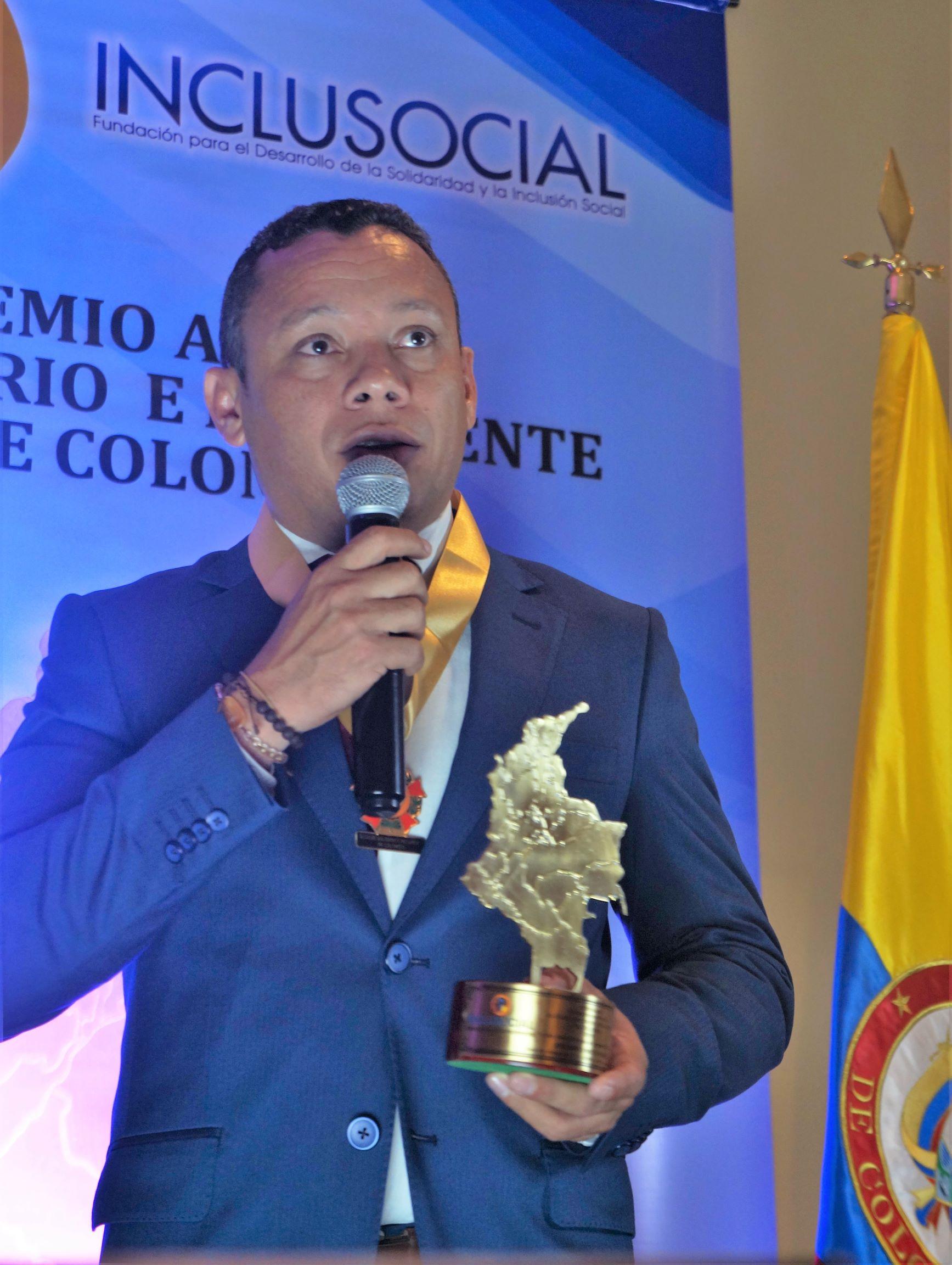 """José Amiro Morón recibió el premio """"Alcalde Solidario e Incluyente de Colombia 2019″"""