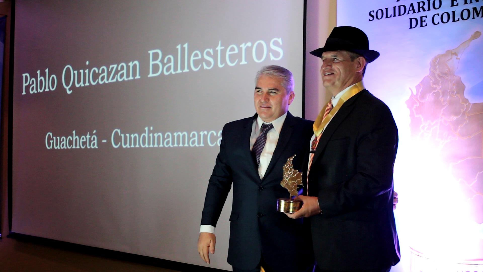 """Pablo Enrique Quicazan recibió el premio """"Alcalde Solidario e Incluyente de Colombia 2019″"""